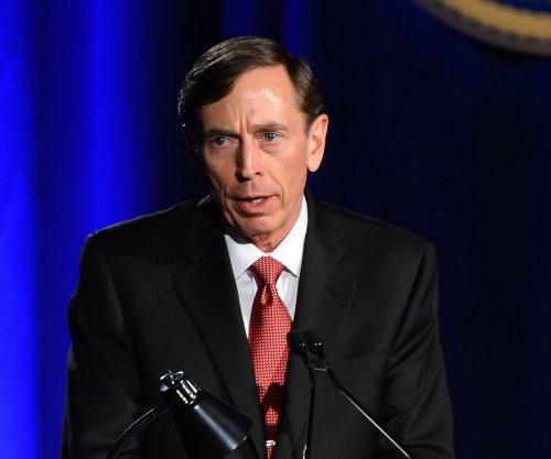 Lawyer: Obama administration shows 'profound double standard' over Petraeus