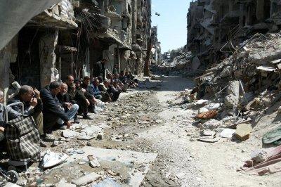 IS overruns Syria refugee camp