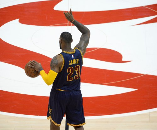 Cleveland Cavaliers crush Atlanta Hawks in Game 2