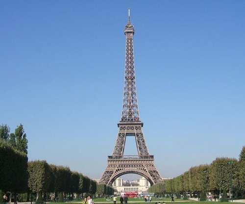 Eiffel Tower closed, reopened after 'terrorist suspects' seen ascending