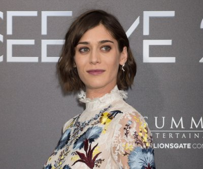 'Castle Rock' star Lizzy Caplan calls Annie Wilkes 'the scariest of villains'