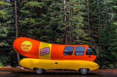 Oscar Meyer seeking new 'hotdogger' to travel in Wienermobile