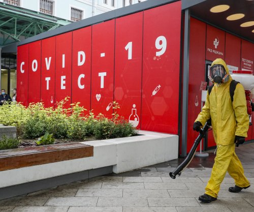Moscow mayor orders 'long weekend' away from work to curb COVID-19 surge