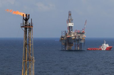 One of the world's largest gas fields gets stimulus package