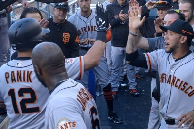 Diamondbacks, Giants prepare for series opener, MLB draft