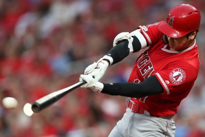 Angels' Shohei Ohtani rips 468-foot homer over batter's eye at spring training