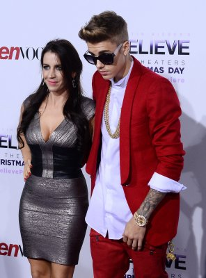 Bieber's house searched, friend arrested for cocaine possession