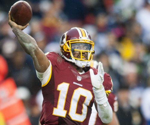 Tom Brady declines to mentor RGIII