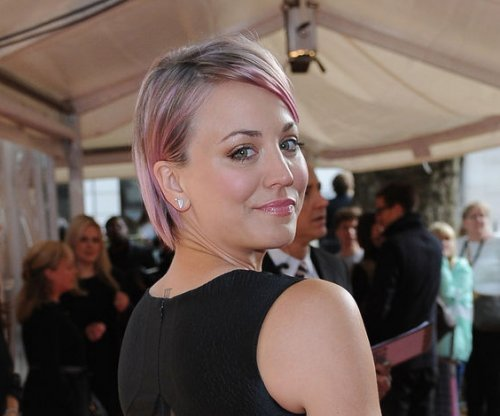 Kaley Cuoco reportedly dating Paul Blackthorne