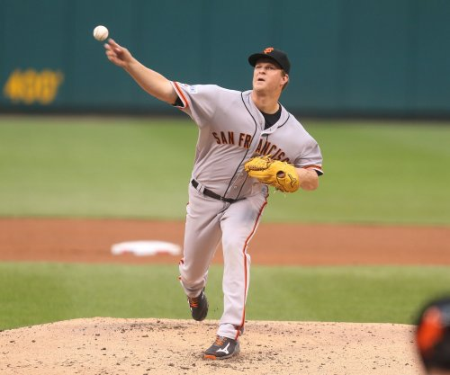 San Francisco Giants RHP Matt Cain undergoes surgery to remove cyst