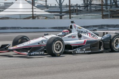 IndyCar driver Will Power cleared to return after crash, concussion symptoms