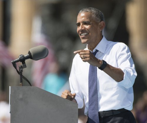 Obama 'vents' to supporters about Donald Trump, media coverage of campaign