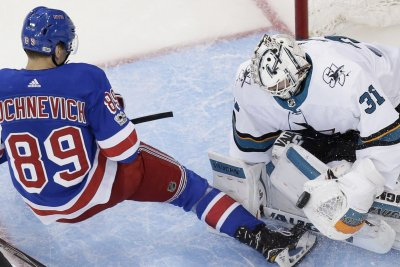 Rangers, Red Wings on rolls heading into matchup