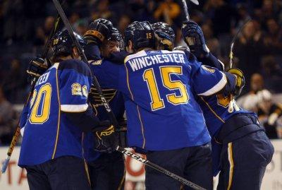 NHL: Boston 6, St. Louis 3