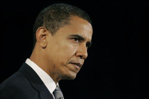 Obama backs Republic worker demands