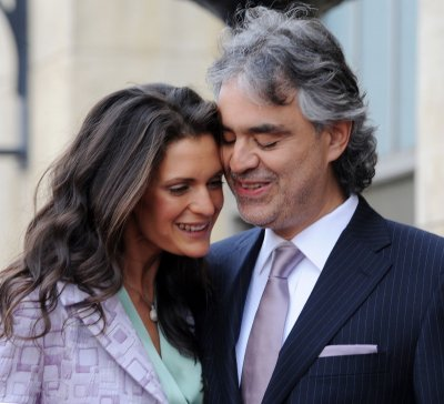 Andrea Bocelli marries longtime girlfriend Veronica Berti