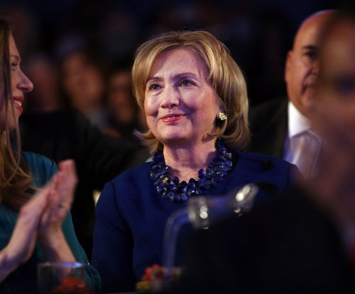 Democrats support Hillary Clinton, and a primary challenge: poll