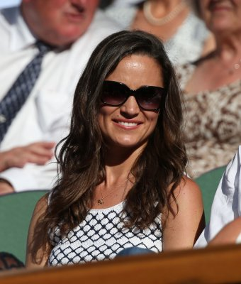 Pippa Middleton tours London eateries for Pancake Day