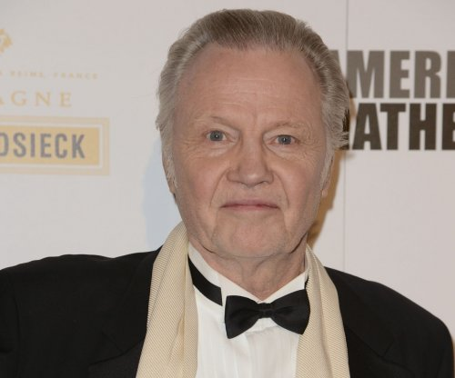 Jon Voight: Obama doesn't love Israel