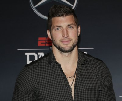 MLB: Tim Tebow hits home run on first pitch in New York Mets' debut