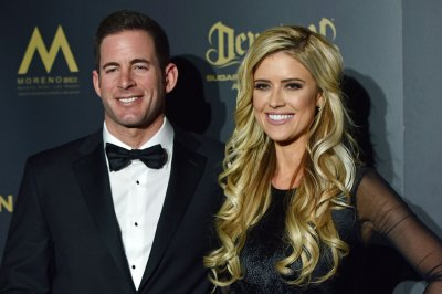 Tarek El Moussa supports 'Flip or Flop' contractor with cancer