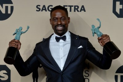 Sterling K. Brown sends up 'This is Us,' White House on 'SNL'