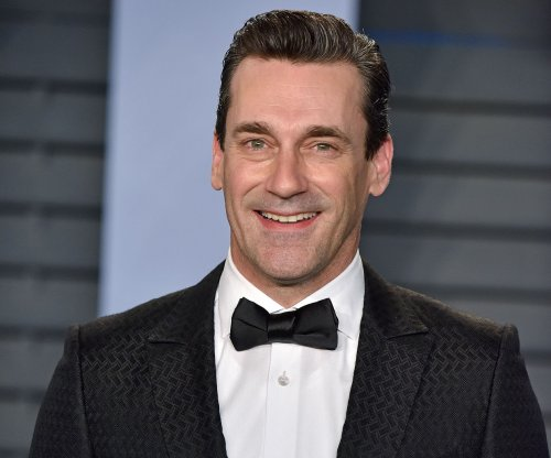 Jon Hamm in talks to star with Natalie Portman in 'Pale Blue Dot'