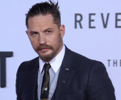 Tom Hardy becomes Al Capone in 'Fonzo' set photos