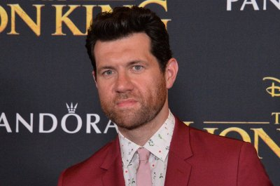 'Lion King' star Billy Eichner on meeting Prince Harry, Meghan Markle: 'I was panicking'