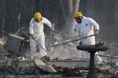 California governor rejects PG&E bankruptcy plan