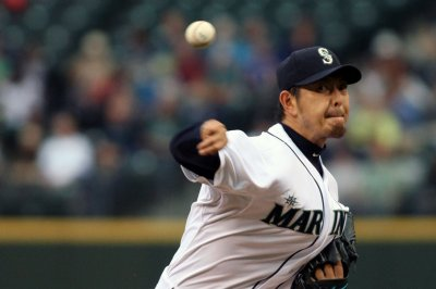 Seattle Mariners RHP Hisashi Iwakuma out 4-6 weeks with shoulder inflammation