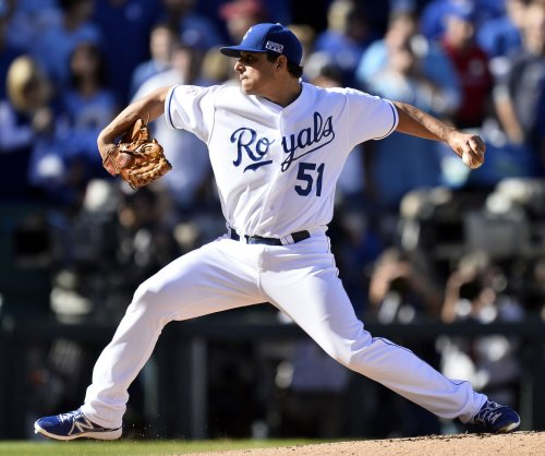 Kansas City Royals' Jason Vargas shuts out Cleveland Indians