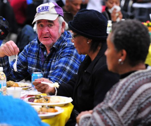 Census: U.S. becoming older and more diverse
