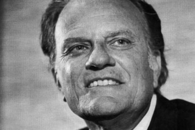 Billy Graham to lie in U.S. Capitol before funeral
