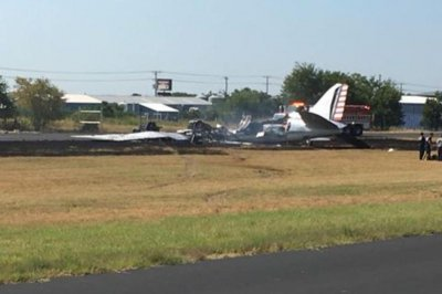 Plane crash in central Texas injures 13