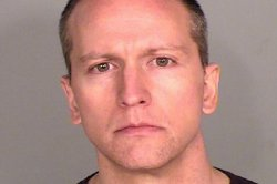 Ex-cop Derek Chauvin chooses not to testify in trial for George Floyd's death