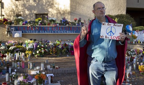 Poll: Angry tone not behind Tucson attack