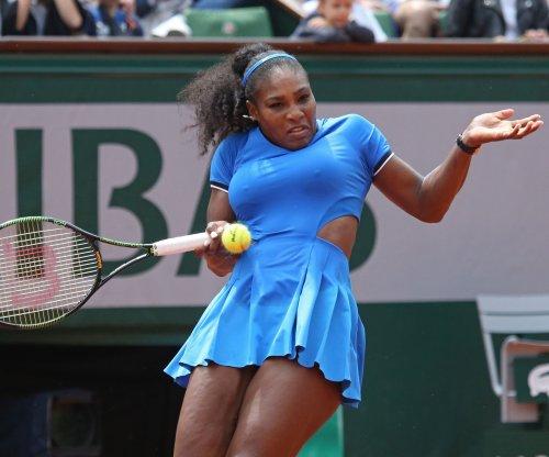 2017 Australian Open: Serena Williams sails in opener