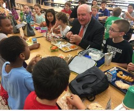 Trump administration to roll back school lunch standards