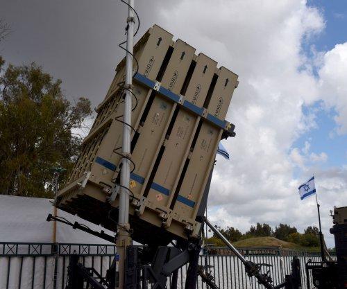 Gaza fires 30 rockets into Israeli territory