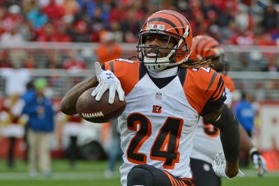 Adam 'Pacman' Jones expected to sign with Denver Broncos