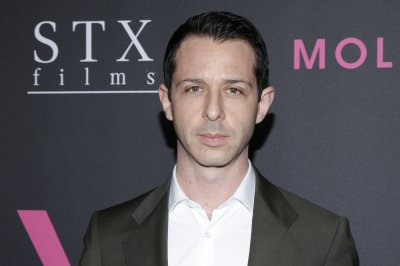 'Succession' star Jeremy Strong to play Jonas Salk in biopic