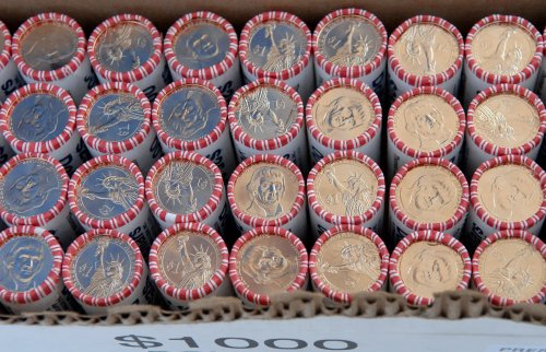 Officials to renew push for conversion to dollar coins