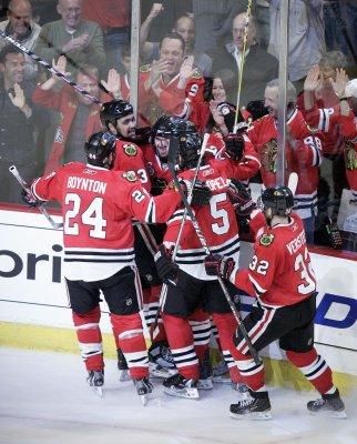NHL: Chicago 7, Philadelphia 4