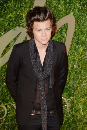 Harry Styles, Kendell Jenner visit NYC gay bar