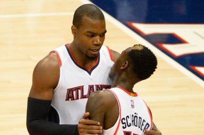 Atlanta Hawks top Detroit Pistons for 13th straight win