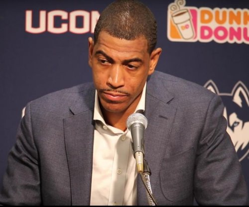 "Kevin Ollie: UConn coach ""intrigued"" by Los Angeles Lakers job"