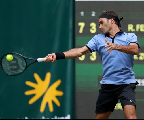 Roger Federer advances to 11th Halle final
