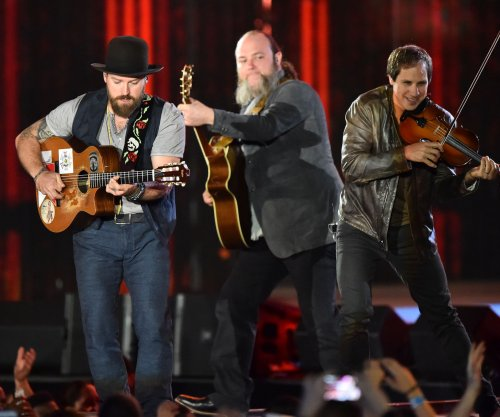 Chris Cornell joins Zac Brown Band during 'SNL' performance