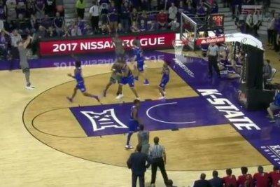 Frank Mason's toughness leads No. 3 Kansas past Kansas State